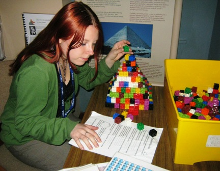 Pyramid_Puzzles
